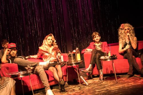 Marco Brown, Erika Empire, Michi Buchinger und Katy Bähm auf der Jury-Couch